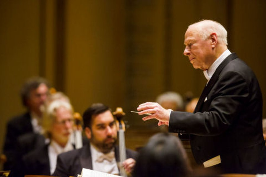 Bernard Haitink, pictured here from a 2007 performance with the CSO, led the orchestra in Strauss' epic Alpine Symphony.