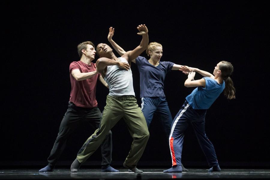 Hubbard Street dancers perform in the American premiere of Forsythe's N.N.N.N.