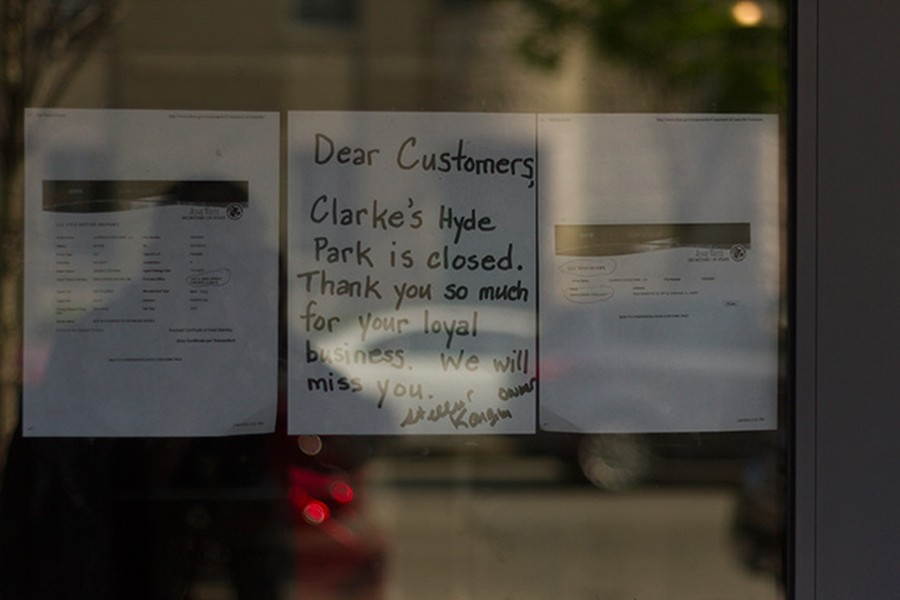 A sign on Clarke's door notified customers of the restaurant's closure.