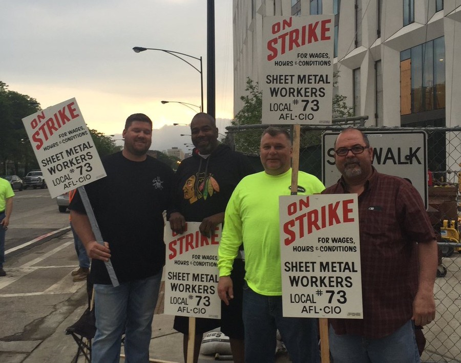 Sheet Metal Workers on strike in front of Campus North.