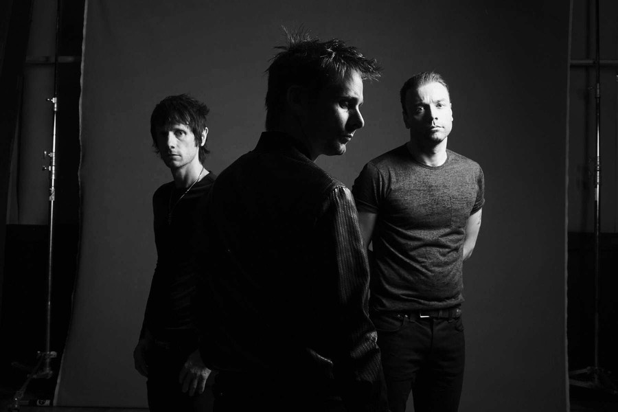 Muse's show at the United Center is essentially more of the same, plus a cyborg or two.