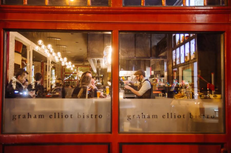 The exterior of Graham Elliot Bistro in West Loop.