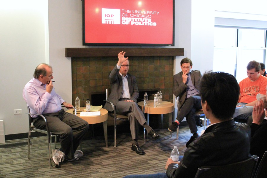 David Axelrod (left), Ron Brownstein (center), and Dan Wagner (right) discussed Trump's campaign at the IOP on Tuesday.