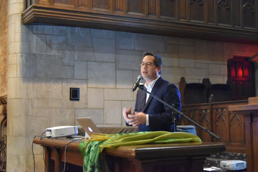 In his keynote address for the Office of Multicultural Student Affairs Heritage Series, author and hip-hop scholar Jeff Chang examined the role of culture as an instrument for political change.