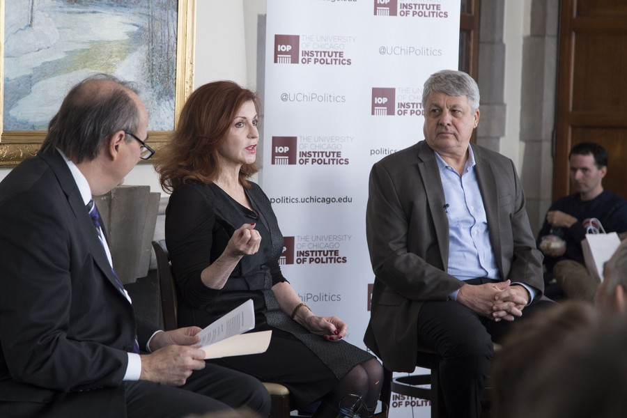 New York Times columnist Maureen Dowd in conversation with David Axelrod and Carl Hulse, the chief Washington correspondent for the Times.