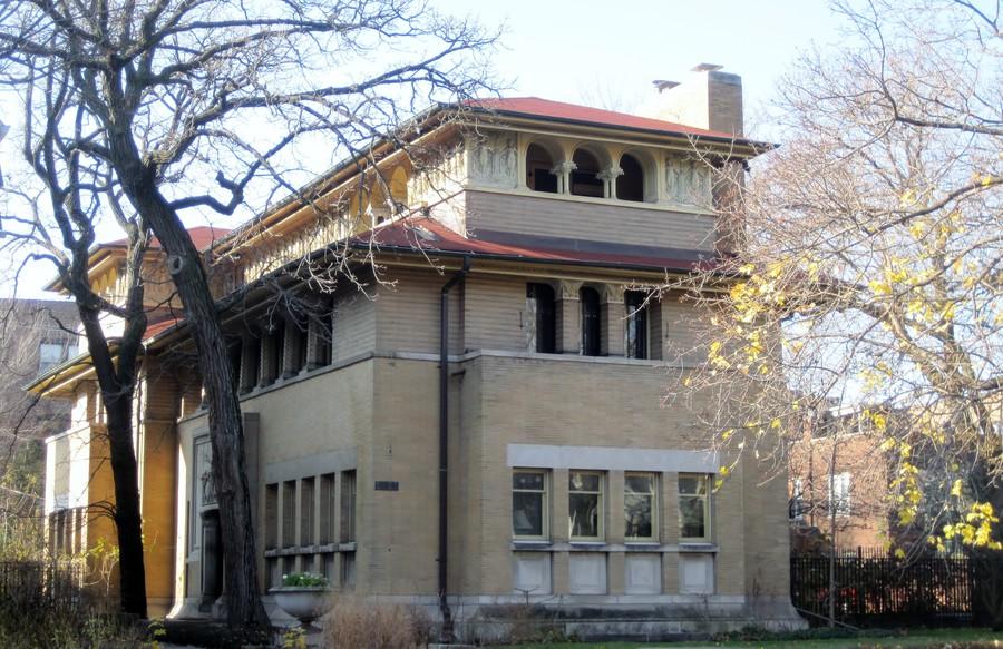 Frank Lloyd Wright's Heller House is on sale in Kenwood.