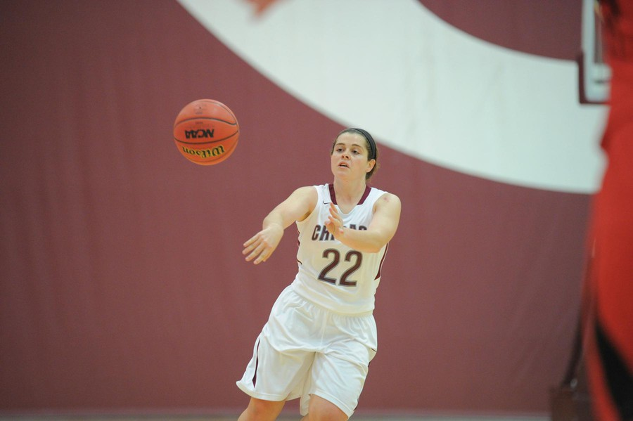 Third-year guard Elizabeth Nye executes a crisp pass.
