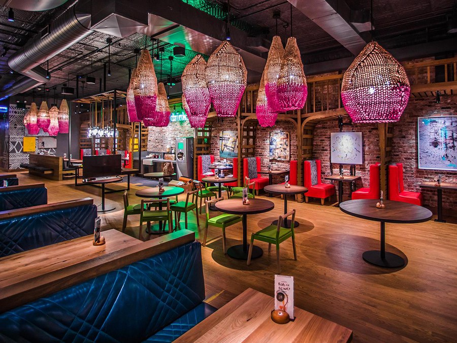 Nando's Peri-Peri brings spice and new flavors to the Hyde Park food scene.
