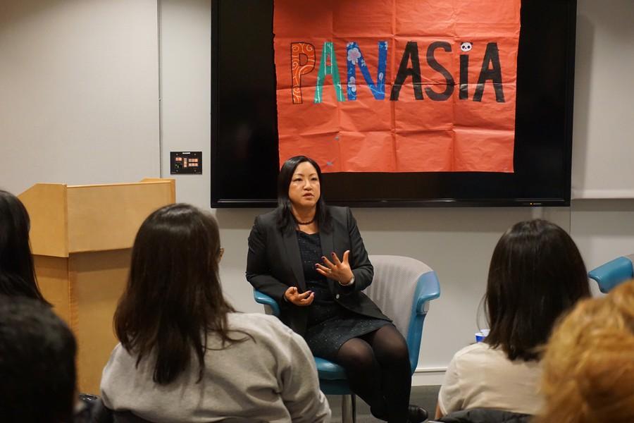 Representative Theresa Mah met with students from the RSO, Panasia.
