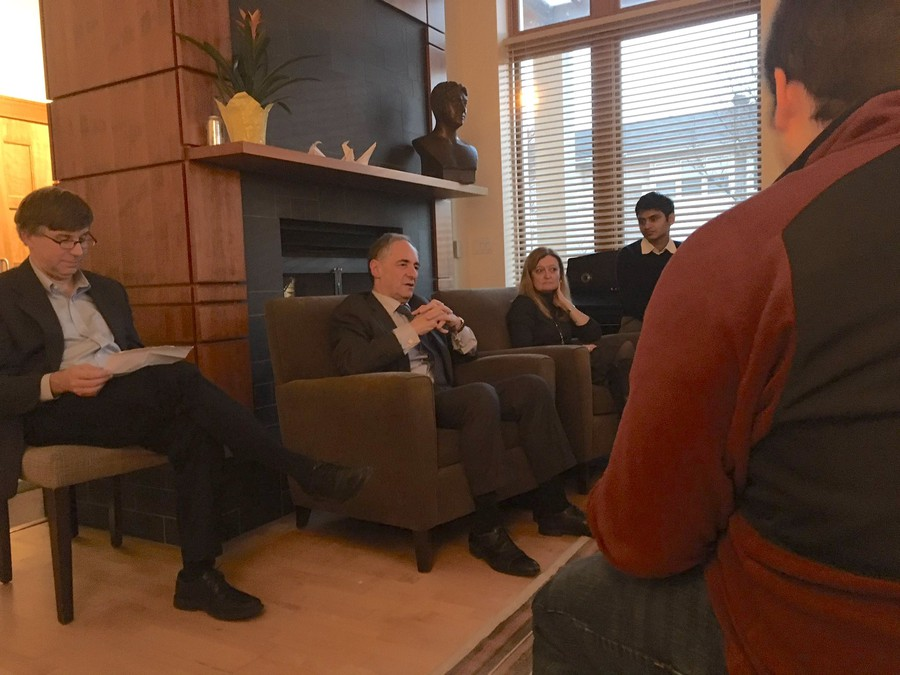President Zimmer talked with students in Renee Granville-Grossman Residential Commons last week.