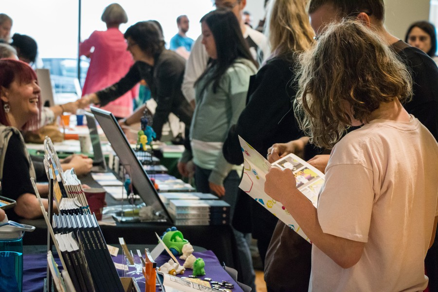 Readers and writers alike gathered at the 6th annual Chicago Book Expo last Sunday.