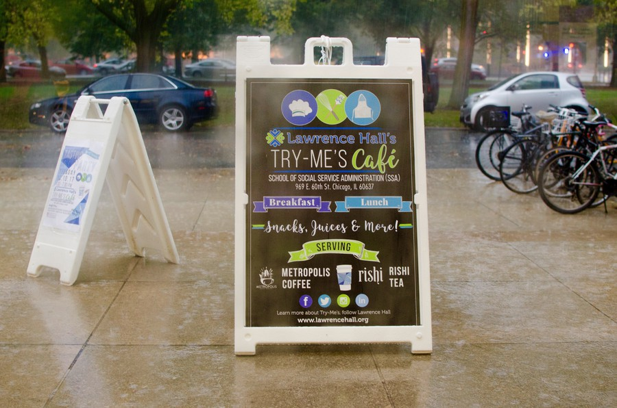 Try-Me's café is located south of the midway on the SSA building's ground floor.