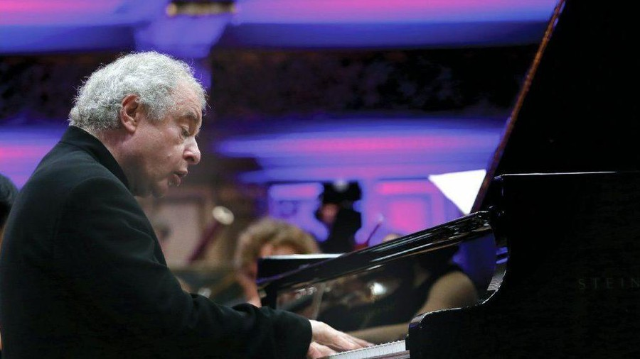 Sir András Schiff, pictured here in Romania, performed at the CSO College Night last Thursday.