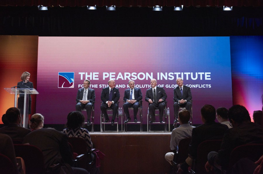 After announcing the Pearson family gift, a panel including (from left) then-Harris Dean Daniel Diermeier, Thomas L. Pearson, President Robert Zimmer, Timothy R. Pearson, and Council on Foreign Relations President Richard Haass participated in a Q&A.