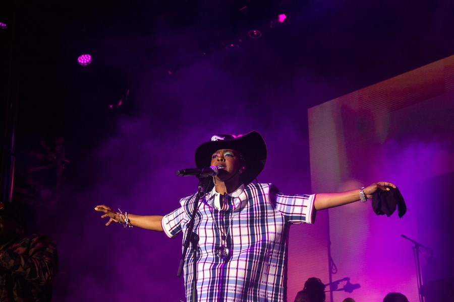 Ms. Lauryn Hill was Sunday night's headliner.