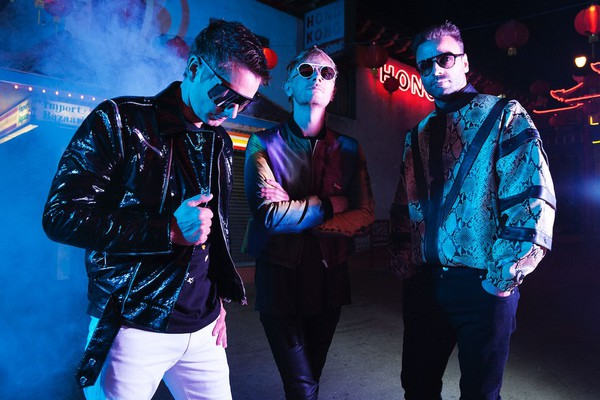 Muse is Trapped in a Simulation of Mediocrity in Latest Album