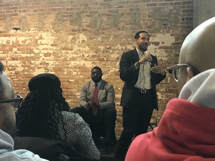 20th ward Democratic committeeman Kevin Bailey introduces himself at a candidate forum at the Experimental Station on Feb. 16