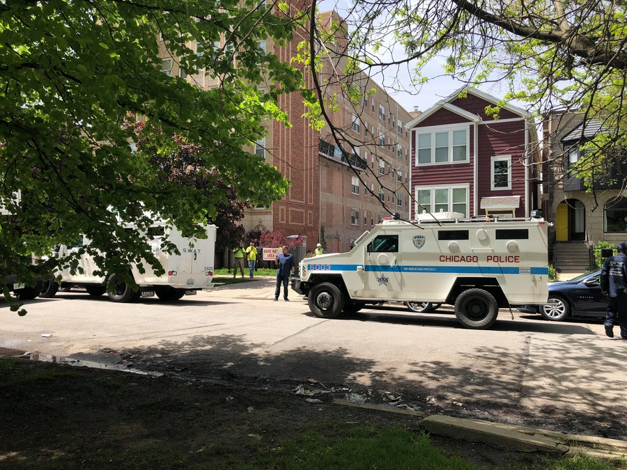 A SWAT car and a CPD car at East 61st Street and South Kenwood Avenue.