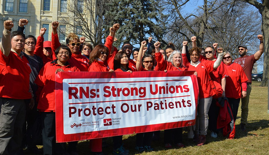 Members of the Illinois chapter of National Nurses United