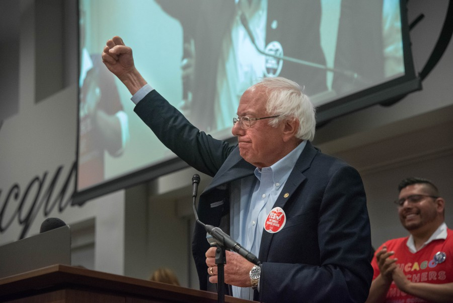 Bernie Sanders (A.B. '64) addresses Chicago Teachers Union members on the eve of their strike authorization vote.