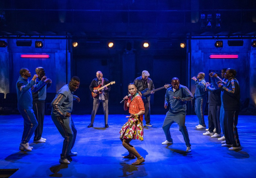Instead of digging deeply into any of the struggles that Lindiwe or her boyfriend experience, the ensemble opts for broad gestures at themes like human growth, family, and resilience.