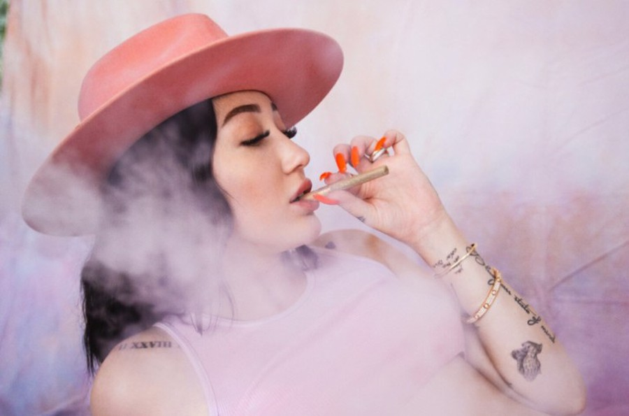 """Noah Cyrus's latest EP """"The End of Everything"""" is a self-conscious, introspective, and mature venture that sets out to publicly cement the identity of its creator."""