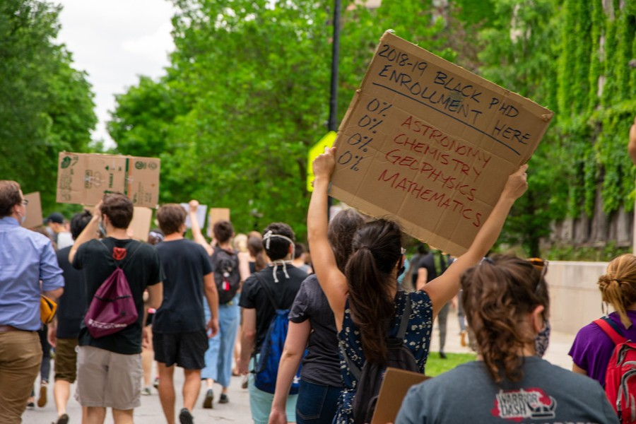 Protesters marched in Hyde Park during the #Strike4BlackLives March led by STEM departments at UChicago on June 10, 2020.